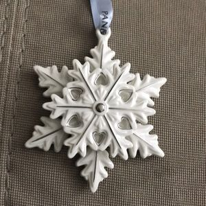 Pandora 2015 edition snowflake ornament